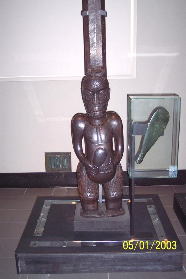 Maori Carving and Mere or Patu (short fighting club) - Auckland Museum