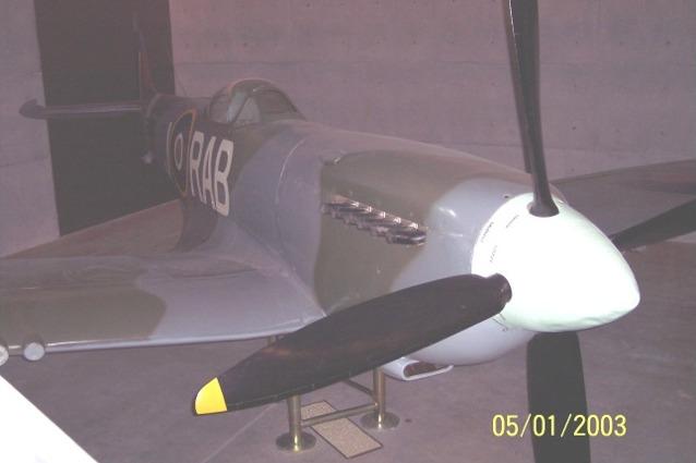 World War 2 Spitfire Fighter - Auckland Museum