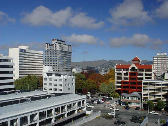Christchurch Downtown and Port Hill views from City Apartment