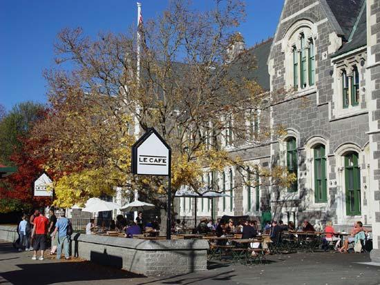 Weekend market, Christchurch Arts Centre