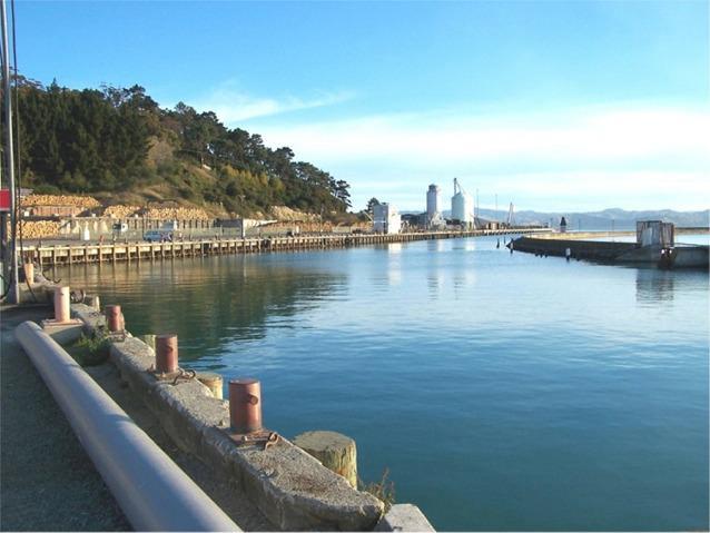 Gisborne Harbour - Port of Gisborne New Zealand