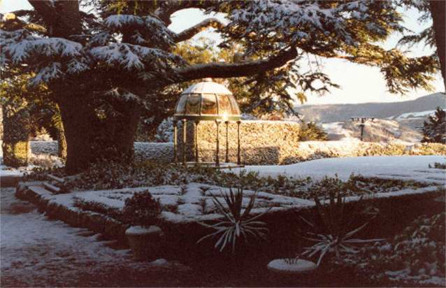 Photograph of a cupola in the grounds of Larnach Castle in winter
