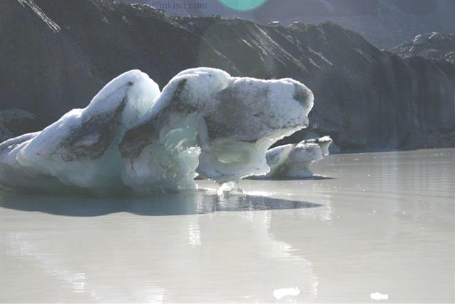 Tasman Glacier image